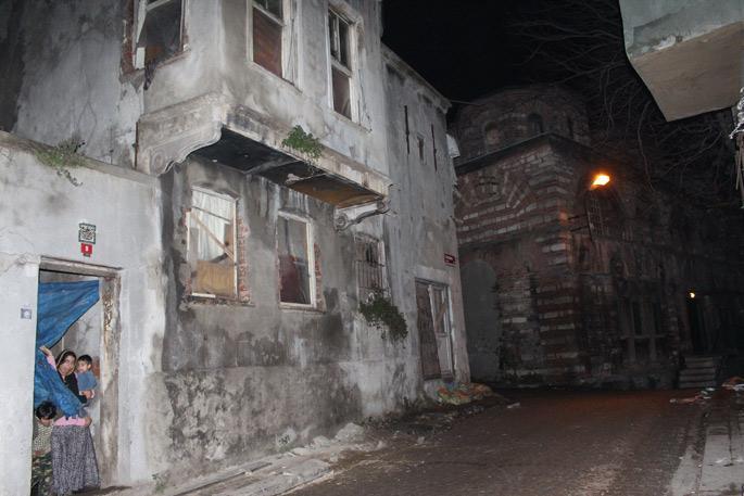 İstanbul'daki Suriyeliler: Harabe yaşamlar