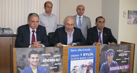 Bursa'da 1 Mayıs kent meydanında