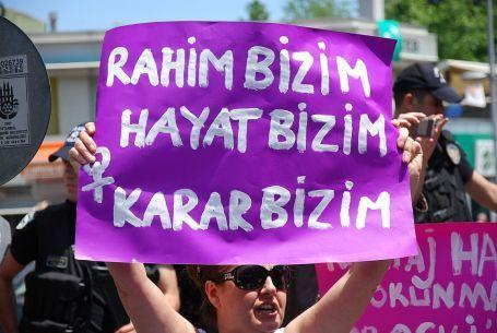 Türkiye'de yeni bir seçenek olarak 'tıbbi düşük'