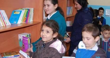 SES'ten  Köy Okuluna Kitap