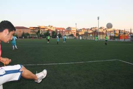 Çiğli'de futbol turnuvası sürüyor