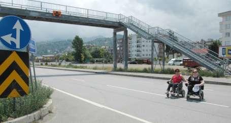 Karadeniz sahil yolu engellilere uygun değil