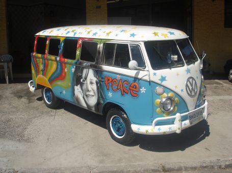 Hippi minibüs veda ediyor