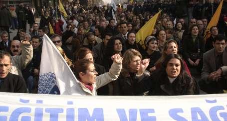 Kadınlar, sendikalarda da eşitlik için mücadeleye devam ediyor