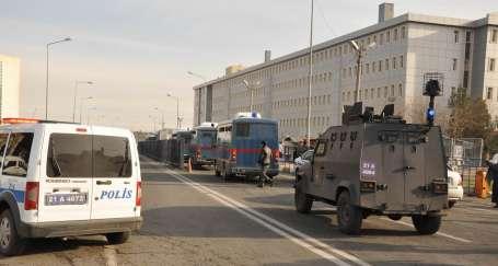 152 Kürt siyasetçisinin duruşması başladı