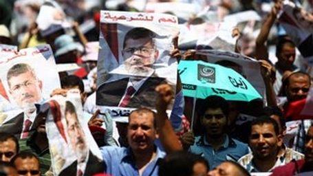Mısır'da darbe karşıtı yürüyüşler başladı