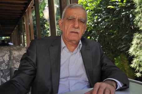 Türk: Paketin içi bomboş