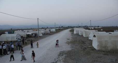 Toplama kampı gibi çadırkent
