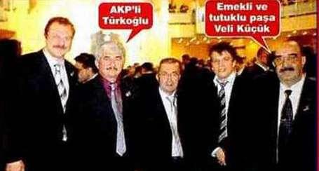 AKP adayı Ergenekon sanığıyla aynı karede