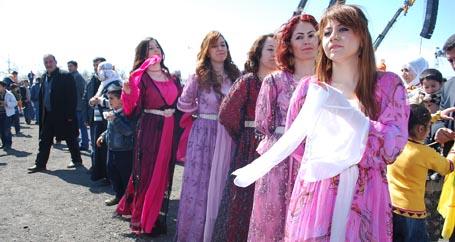 Savaşa karşı barış, barış için Newroz