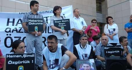 Türkiye tutuklu gazeteci ayıbından kurtulmalı