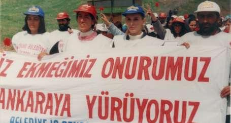Ankara yürüyüşçüsü şimdi Meclise yürüyor
