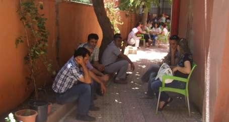 Eğitimciye semineri zehir ettiler