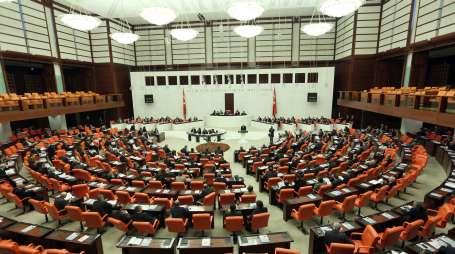 TBMM'deki partiler, Anayasa önerilerini sundu