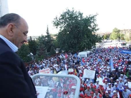Türk-İş: Bir aydır Başbakandan randevu alamadık