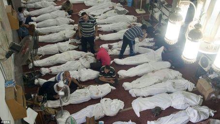 Mısır'da kanlı günlerin sonu gözükmüyor