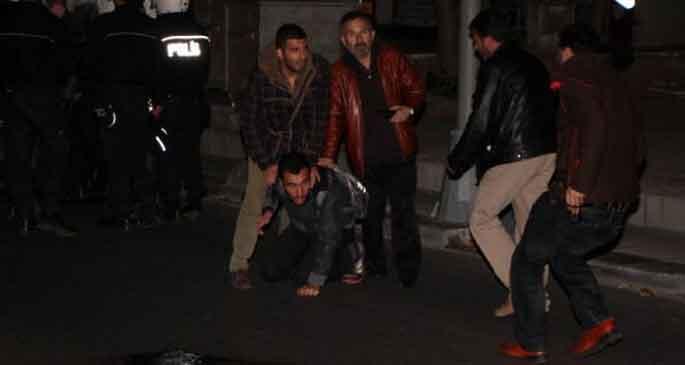 2 Marmara Üni. öğrencisi serbest bırakıldı