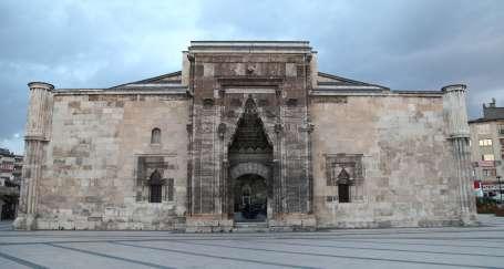 Sivas'ın orta yeri Buruciye