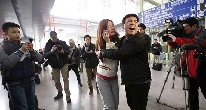 239 kişiyle kaybolan Malezya uçağı aranıyor