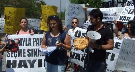 KPSS mağdurlarından pideli eylem