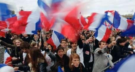 Adaylar Paris'te kapıştı