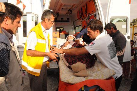 Ölüm orucundaki 3 depremzede fenalaştı
