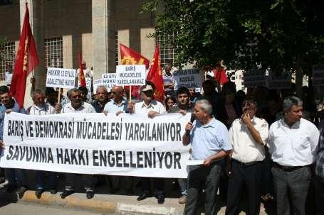 'Bu dava AKP'nin ileri demokrasisine örnek'