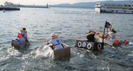 Kartondan tekneler yarıştı