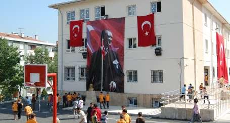 Veliler okullarının dönüşmesini istemiyor