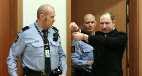 Breivik kararı: Akıllı ve katil