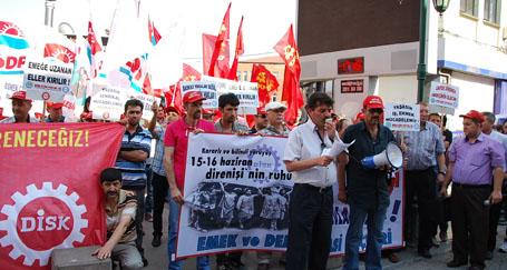 15-16 Haziran'da grev yasağı protesto edildi