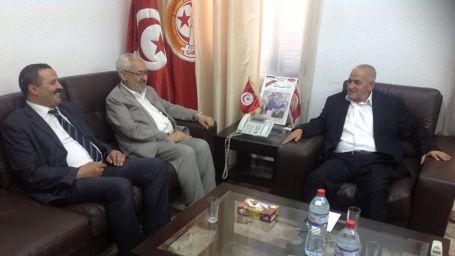 Tunus'ta uzlaşı işareti