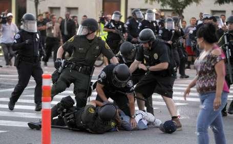 ABD'de polis şiddeti tırmanıyor