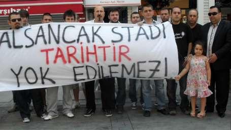 TOKİ'nin gözü İzmir'in stadlarında