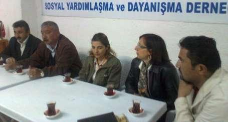 EMEP adayları eğitimcilerle buluştu