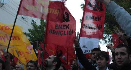 İzmir'de NATO üssüne yüründü