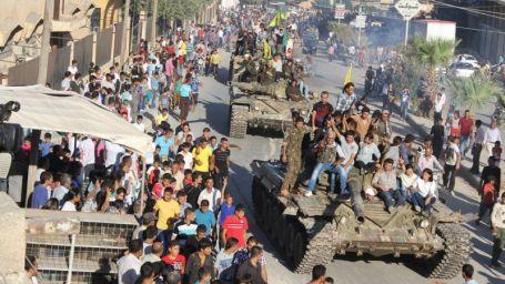 Tanklar Rojava'da
