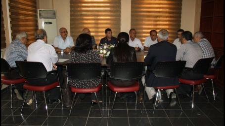 Asya Abdullah siyasi partiler ile biraraya geldi