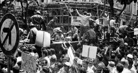 Blok işçi sınıfıyla Kürt özgürlük mücadelesini birleştirmelidir