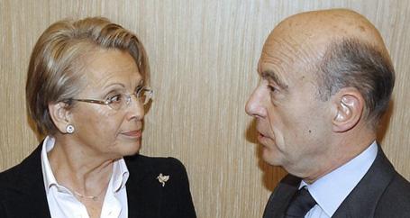Fransa dışişleri bakanı istifa etti.