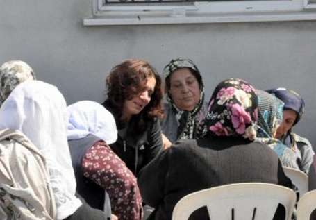 Gözyaşlarının renginde buluşan anneler