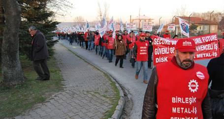 BMS Kocaeli'de  grev kararını astı!