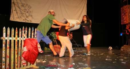 Çaycuma'da köy çocukları tiyatroyla buluştu