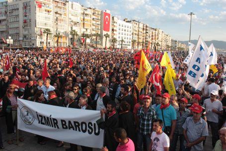 İzmir'den Taksim'e ve Çağlayan'a destek