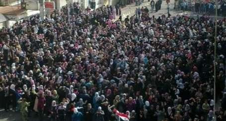 Suriye'de ayaklanma büyüyor