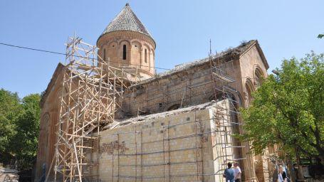 Aşıklarıyla ünlü kanlı kilise onarılıyor