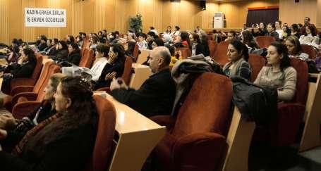 Çiğli İşçi Kurultayı Komitesi 8 Mart'ı kutladı