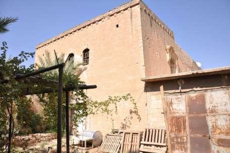 Ermeni Kilisesi kaderine terk edildi