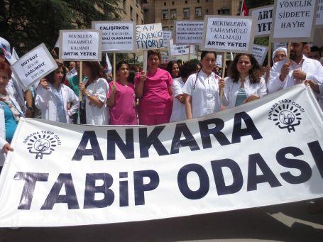 Ankaralı sağlıkçılar şiddette karşı ayakta