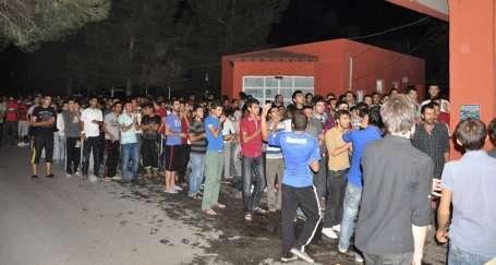 Öğrencilere 'cemaat yurdu' dayatması!